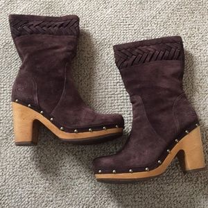 EUC UGG suede boots